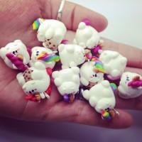 Pummeleinhörner - erhältlich bei www.crapwaer.com 💗 Individualisierbar! #crapwaer #jewellery #crapture #handmade #polymer #pony #polymerclay #polymerclaycharm #polymerclaycharms #charms #unique #unikate #unicorn #rainbow #regenbogen #einhorn #pummeleinhorn #cookie