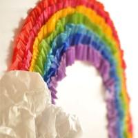 Amei esse arco-íris feito em papel crepom 💖 DIY bem facinho de se fazer. Fica de inspiração pra quem vai usar o tema 💙💜🌈💖💛💚❤️🌈💙💖🌈💛💜💚 #arcoíris #rainbow #craft #papercraft #artesanato #papelcrepom #DIY #paperdiy #diypapel #façavocêmesmo #idéias #dica #decoração #decoraçãodefesta #deco #decor #festa #festapersonalizada #decoraçãoinfanyil #kidsdecor #party #partyplanner #partytips #tips #scrap #personalizados #inspiração 💖🌈💜🌈💙🌈💚🌈💛🌈❤️ Pic via pinterest 📌