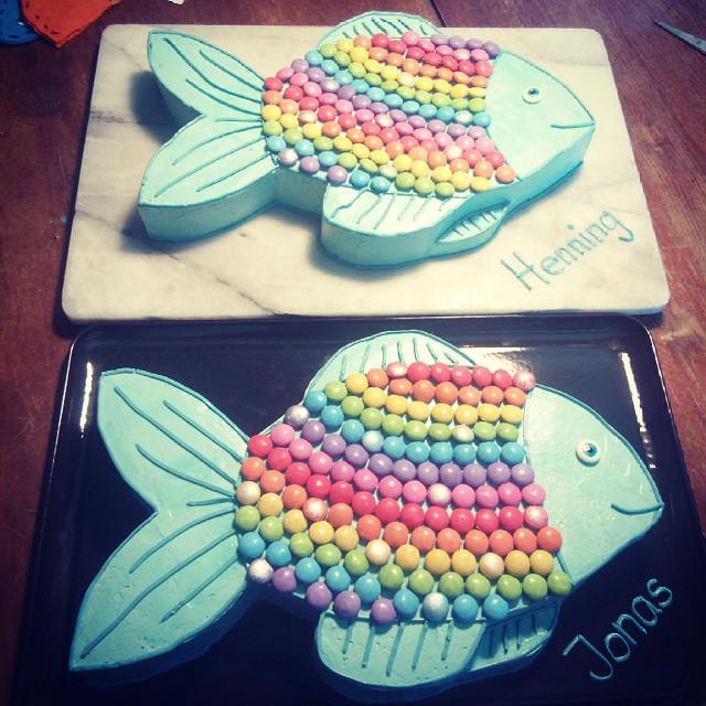 Fisch Fish Cake Smarties Backen Baking Regenbogen Rainbow