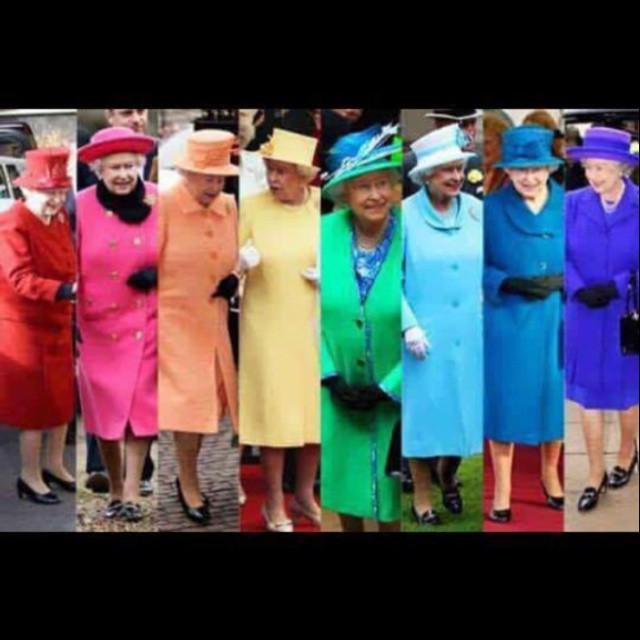 RainbowQueen# #lifeislife#fashionfauxpasnexistepas#arcenciel#rainbow#paris#labottegardianne#